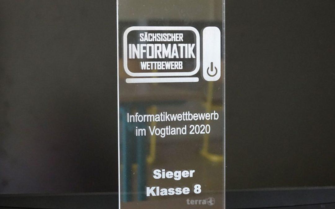 Alexander gewinnt Informatikwettbewerb